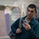 Samsung Galaxy ad mocks Apple iPhones
