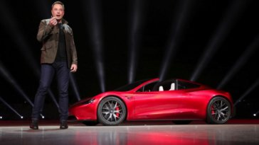 "Upgraded Tesla Roadster Is The ""Fastest"" Commercial Car to Date, It's The Price That Stings 21"