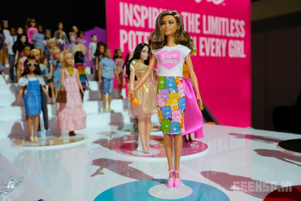 Barbie's latest outfits are covered in Super Mario, Hello Kitty, and other geeky franchises 11