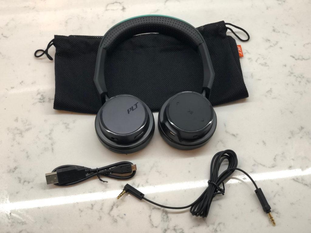 Plantronics BackBeat FIT 500 Sports headphones unboxing