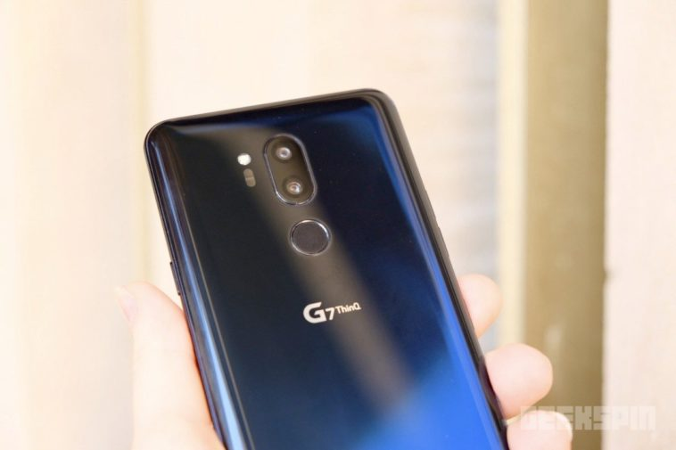 LG G7 ThinQ dual camera