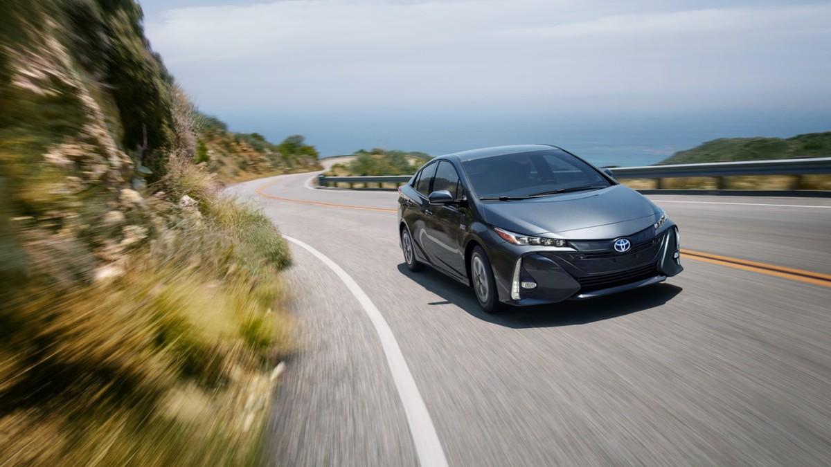 2018 toyota prius prime 150x150 - 2018 Toyota Prius Prime Review - A Phenomenal Hybrid that won't Break the Bank