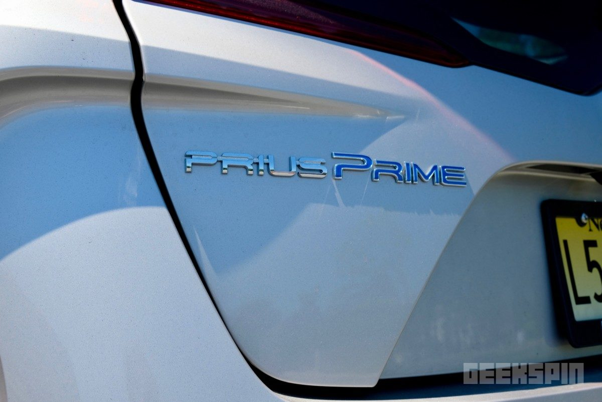 2018-Toyota-Prius-Prime71