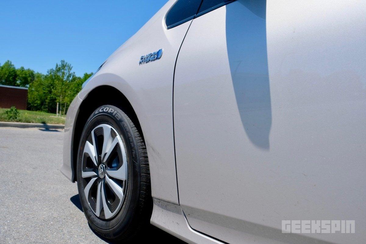 2018-Toyota-Prius-Prime73