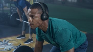 These on-ear gym headphones promise not to fall off while working out 23