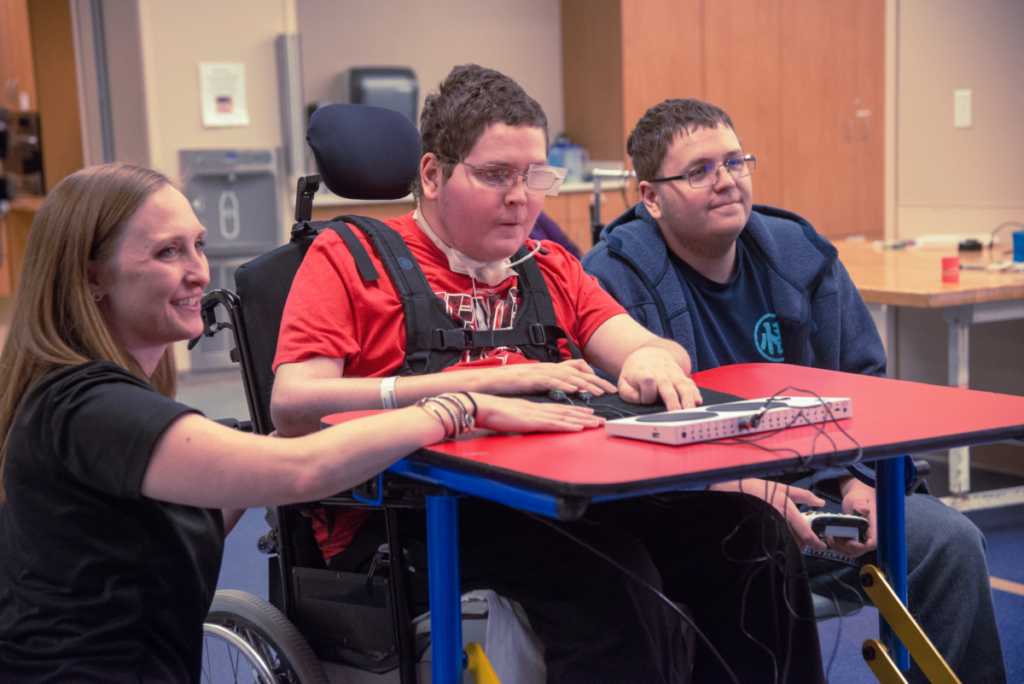Microsoft's new handicap accessible gamepad brings gaming to the disabled 18