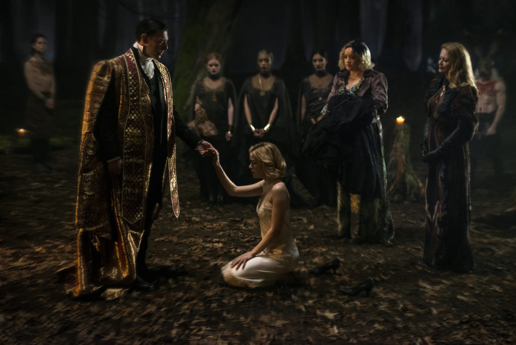 Netflix's first promo images for Chilling Adventures of Sabrina are kinda scary 11