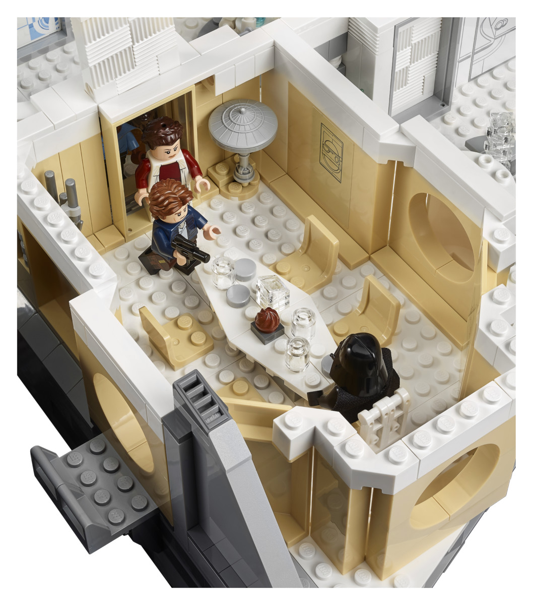 75222 back 09 - LEGO's Star Wars Betrayal at Cloud City is a brilliant recreation of the Empire Strikes Back