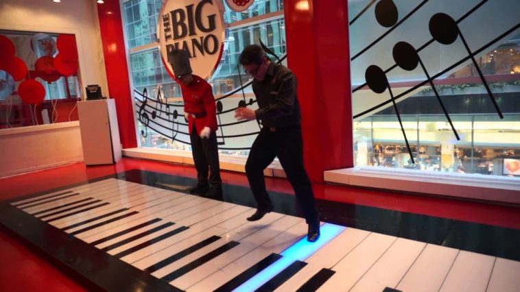 FAO Schwarz is reopening after a three-year hiatus 12