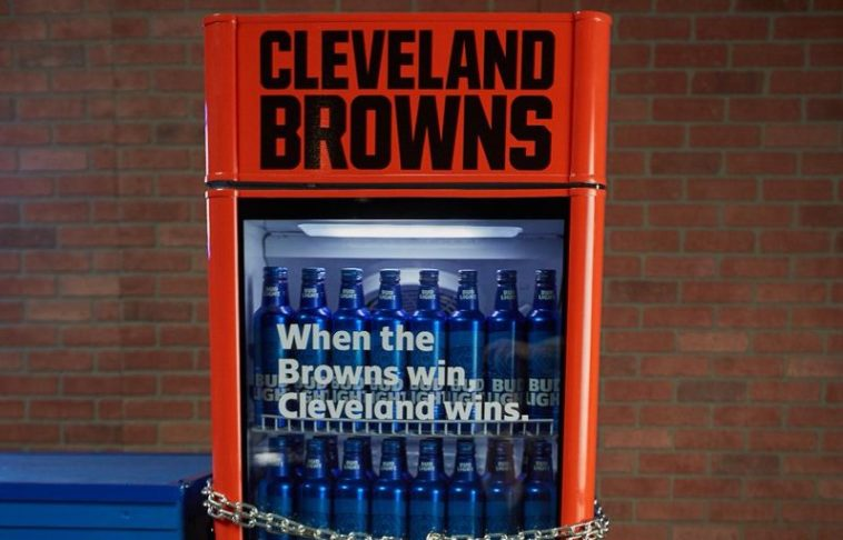 Bud Light has set up smart fridges with free beer all around Cleveland, but there's a catch 10