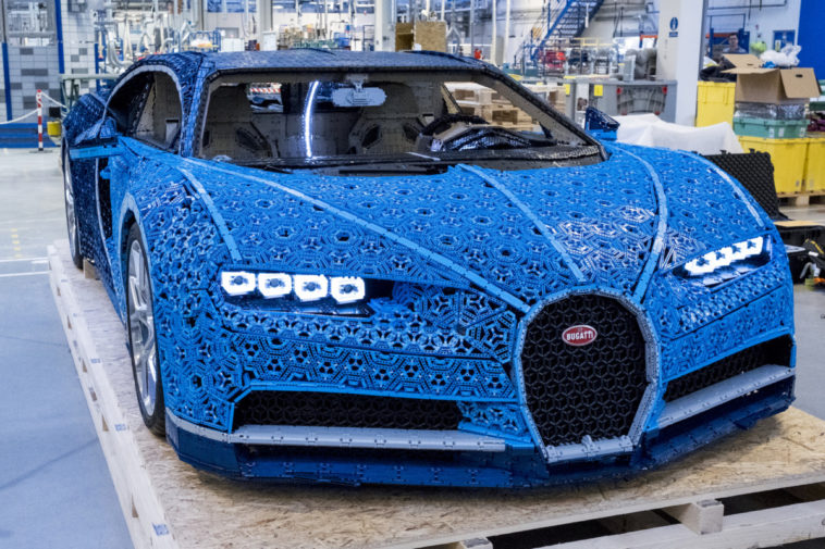 Life-size LEGO Technic Bugatti Chiron model has real horsepower 13