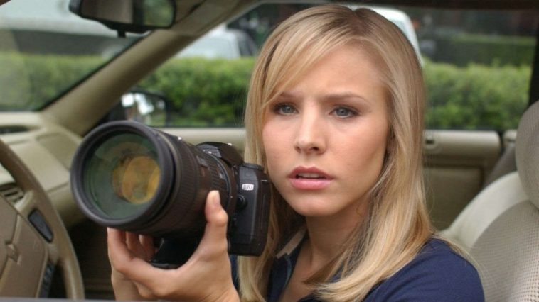 The Veronica Mars revival is really happening 11