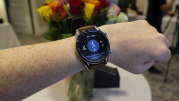huawei watch gt49 364x205 - Huawei Watch GT is a smartwatch with 30 days of battery life