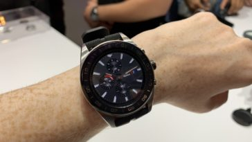 LG teamed up with a Swiss watchmaker to create the Watch W7 15