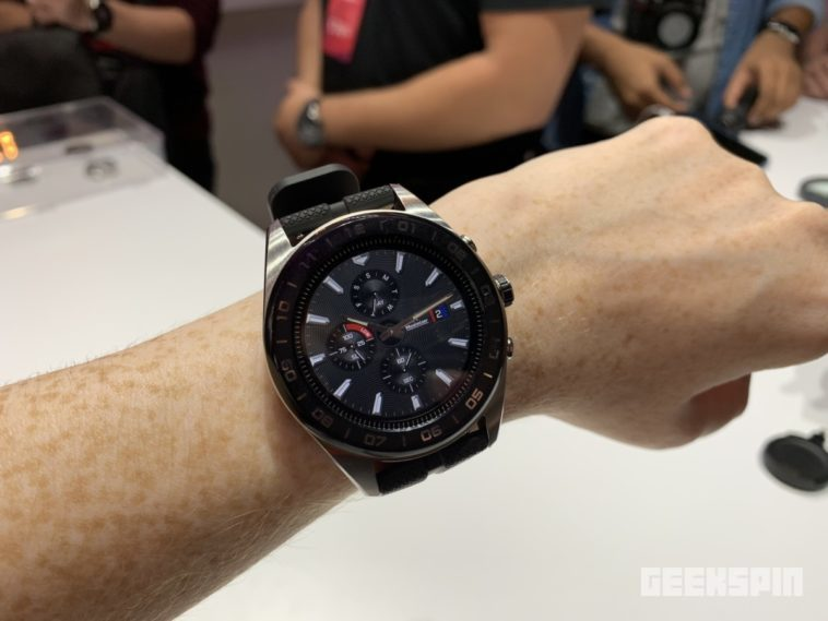 LG teamed up with a Swiss watchmaker to create the Watch W7 11