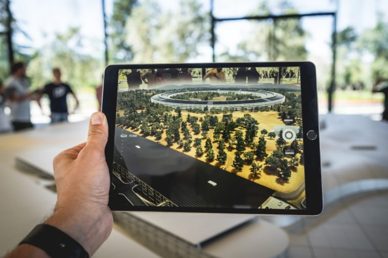 Apple expected to roll out new iPad Pros, Macs on the 30th 12