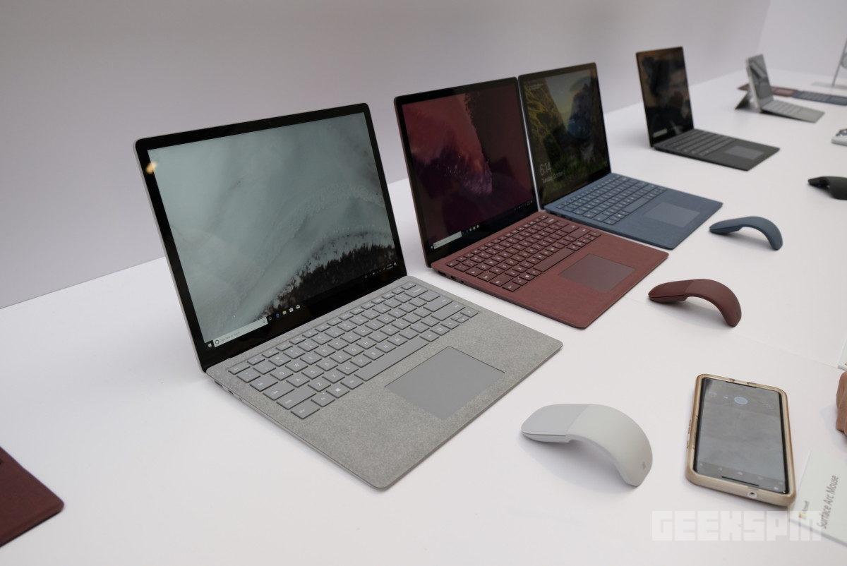surface-pro-laptop-headphones-black27
