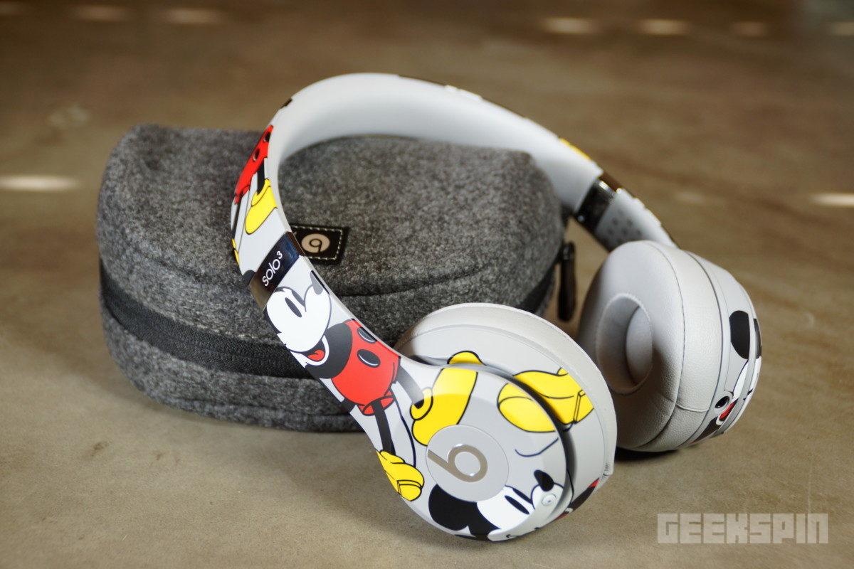 beats solo3w mickey 90anni2 150x150 - Unboxing Mickey's 90th Anniversary Edition Beats Solo3Wireless headphones