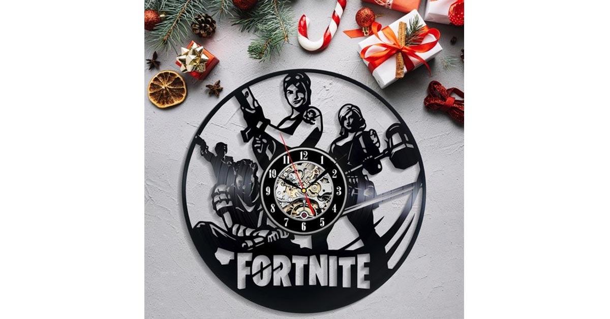 Fortnite Vinyl Clock