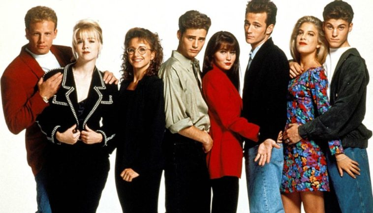 A Beverly Hills 90210 reboot featuring the original cast could be happening 11