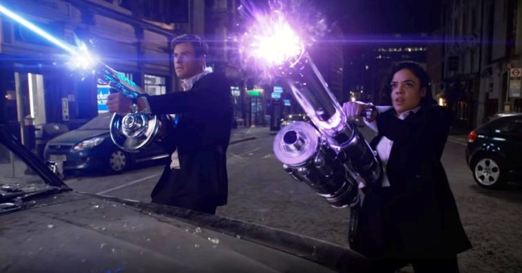 Chris Hemsworth as Agent H and Tessa Thompson as Agent M