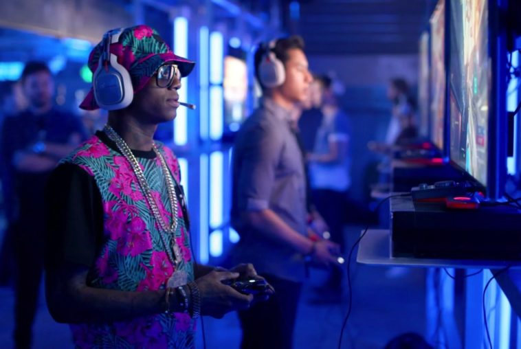 Experts question the legality of Soulja Boy's retro game systems 11