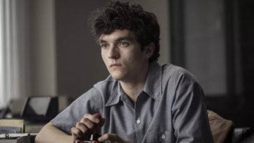 Stefan Butler as Fionn Whitehead in Netflix's Black Mirror: Bandersnatch