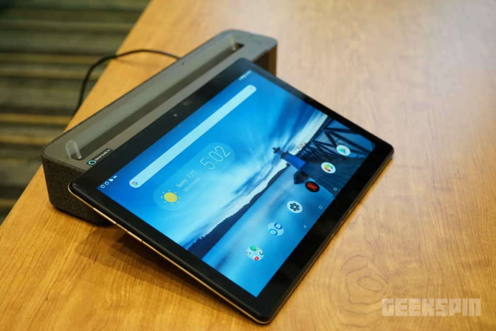 Lenovo Smart Tabs are the first Android tablets that double as smart displays 11