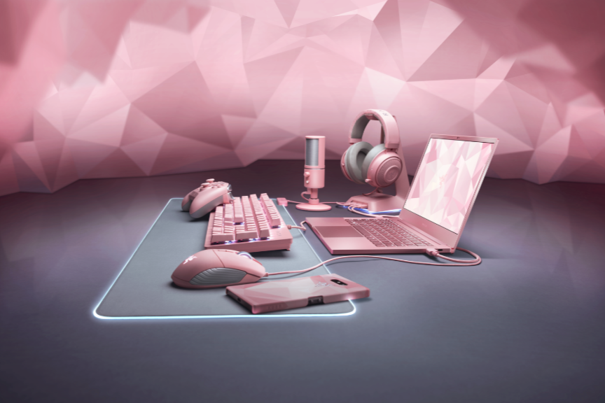 Razer releases pink Blade Stealth laptop just in time for Valentine's Day 15