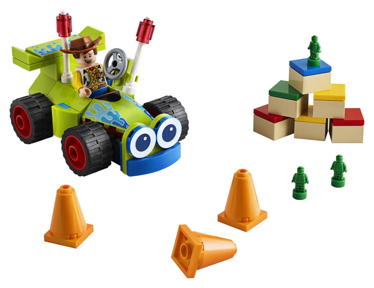 LEGO Toy Story 4 Woody RC set