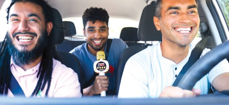 Carpool Karaoke Mic brings the James Corden experience to your own car 12