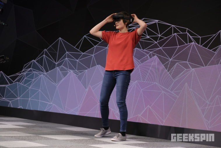 HoloLens 2 will bring about the birth of the internet of holograms 12