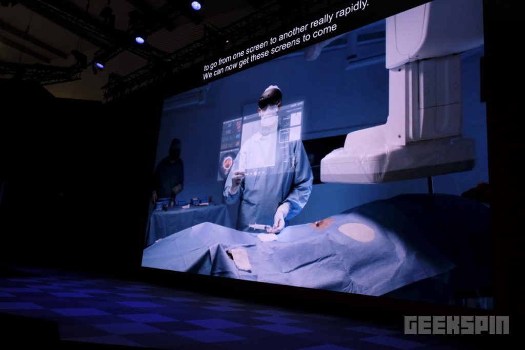 HoloLens 2 will bring about the birth of the internet of holograms 14