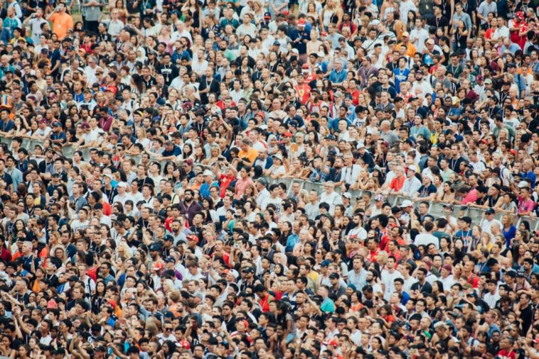 Researchers expect a big population decline on Earth 18