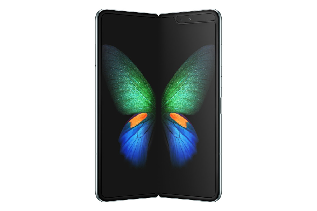 samsung galaxy fold 3 1024x683 - The Samsung Galaxy Fold goes on sale today with some freebies