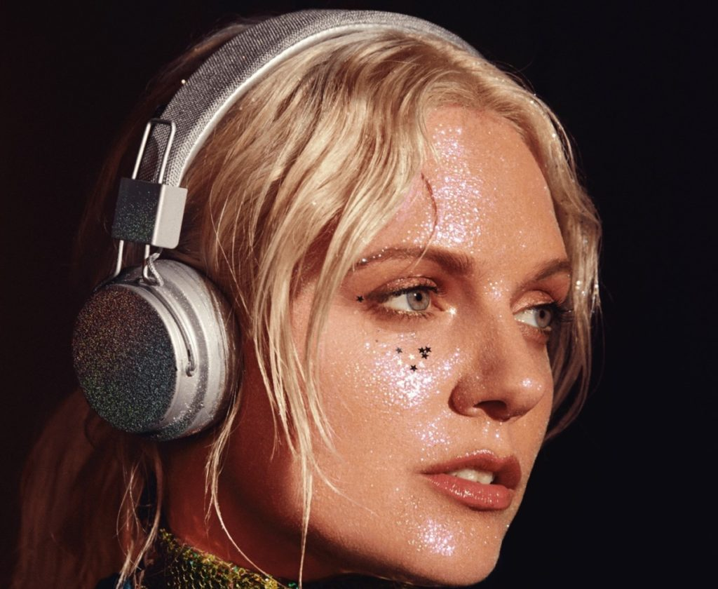 Urbanears' Tove Lo-designed headphones are covered in glitter 15