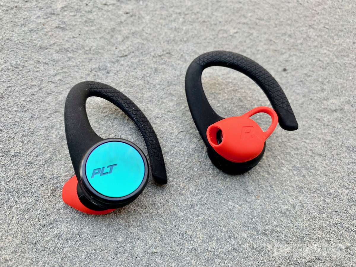 Plantronics Backbeat Fit 3100 Review Excellent Wireless Earbuds For The Gym Geekspin