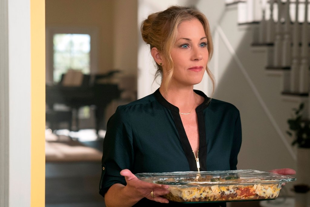 Christina Applegate in Dead To Me