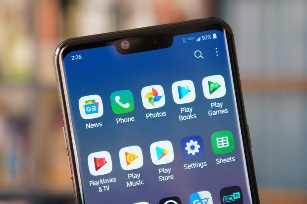 LG G8 ThinQ review: generic flagship, stellar audio 15