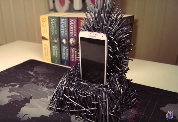 Here's how to make your own Iron Throne phone charger 12