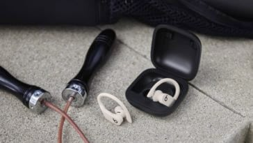 Powerbeats Pro wireless review: absolutely the best wireless gym headphones 16