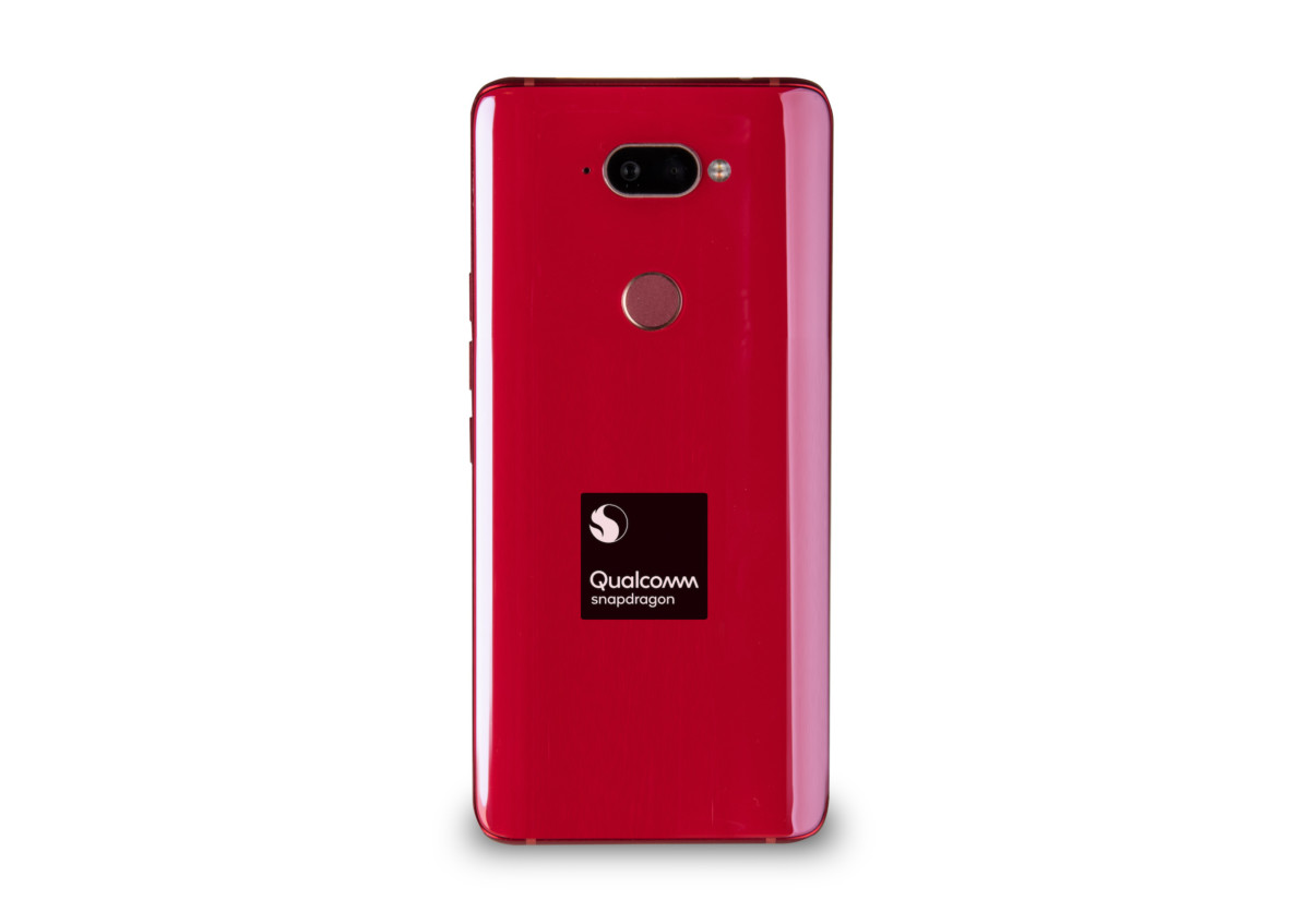 qualcomm snapdragon 730 mobile platform reference design image back 1024x723 - Qualcomm's Snapdragon 665, 730 and 730G offer flagship features for less