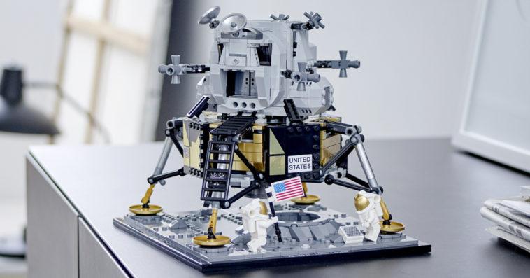 LEGO and NASA create a super cool mini replica of the Apollo 11 Lunar Lander 12