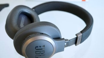 jbl live 650btnc review78 364x205 - JBL Live 650BTNC noise canceling headphones review: an affordable alternative to Sony and Bose
