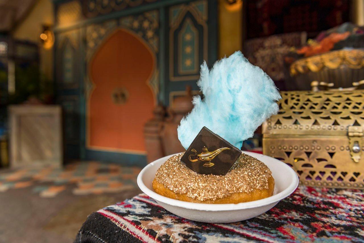 magic kingdom treats 4 - Disney World's Aladdin-inspired Petit Cake is almost too beautiful to eat
