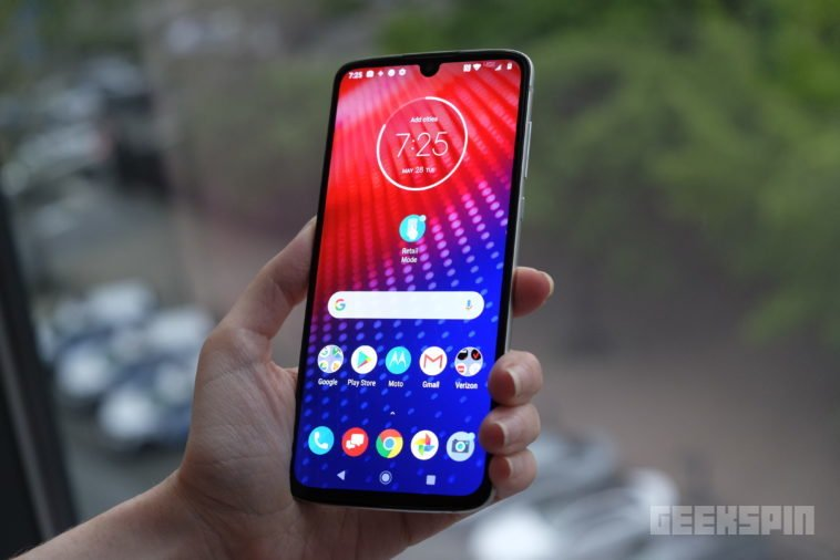 The 5G-ready Moto Z4 is ready to take on the Pixel 3a XL 10