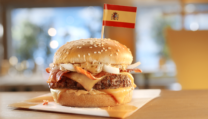 Grand McExtreme Bacon Burger from Spain