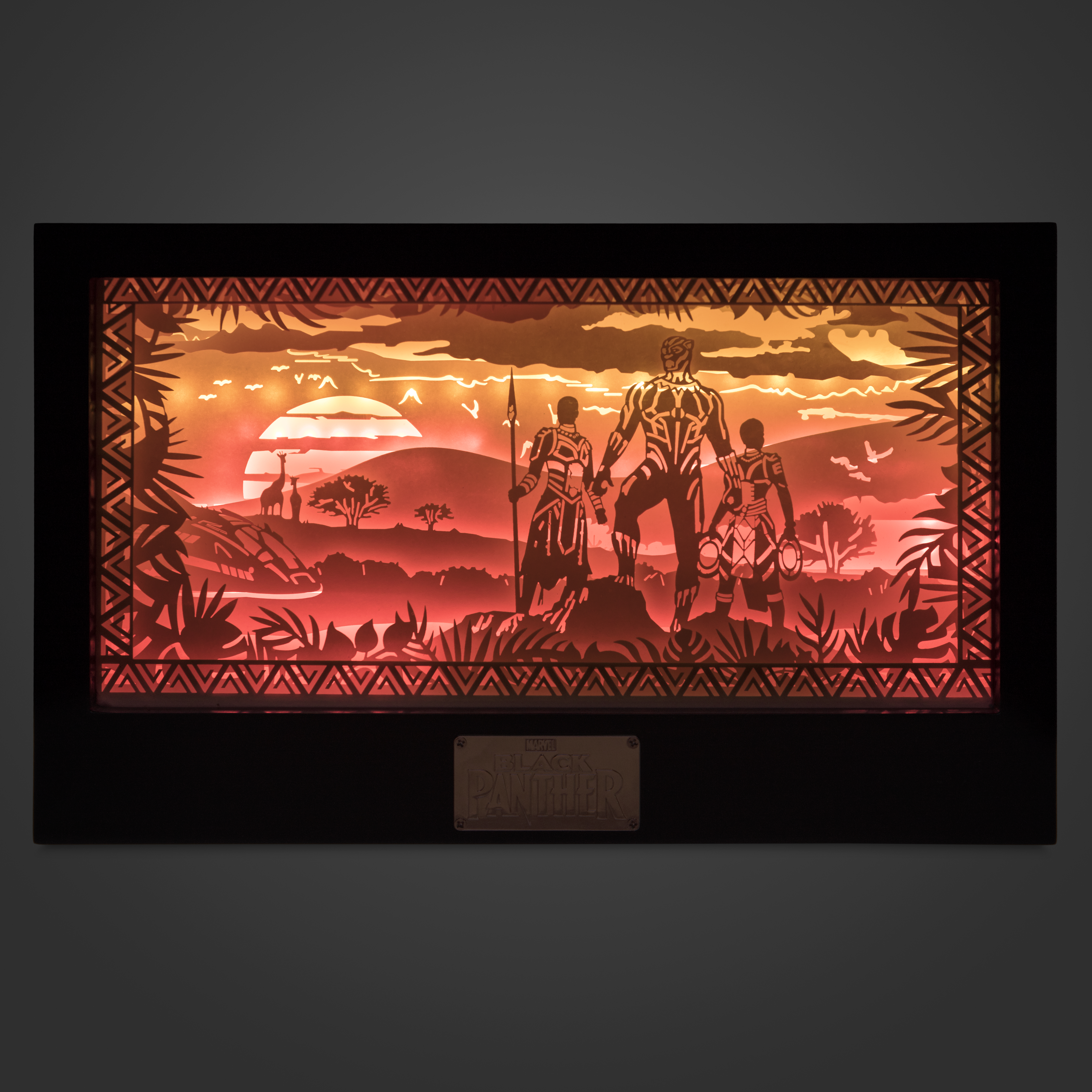 Marvel Backstage - Limited Edition Black Panther Shadow Box