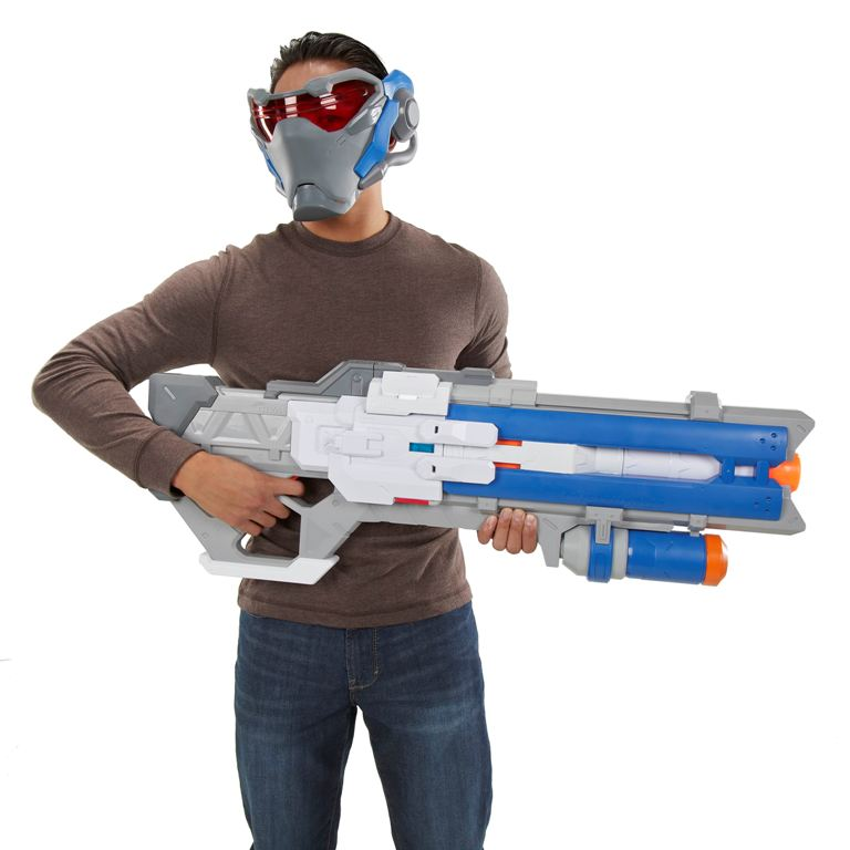 NERF RIVAL OVERWATCH SOLDIER 76 BLASTER AND TARGETING VISOR - lifestyle4