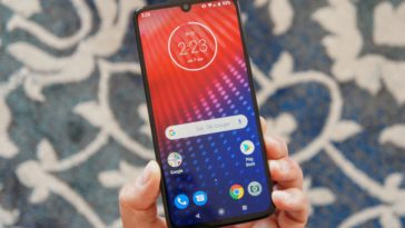 Moto Z4 review: a worthy alternative to Google's Pixel 3a XL 13